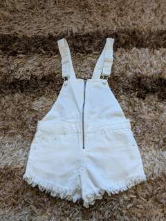 BNWT WHITE DENIM SHORT OVERALLS