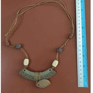 CLASSIC WOMENS / GIRLS FASHION BEADS NECKLACE 1990s HANDMADE COLLECTION