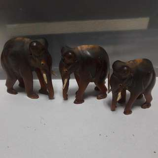 (Reserved)   Set Of 3 Horn Crafted Elephants - 7cm
