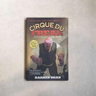 Cirque De Freak: Tunnels of Blood / Darren Shan