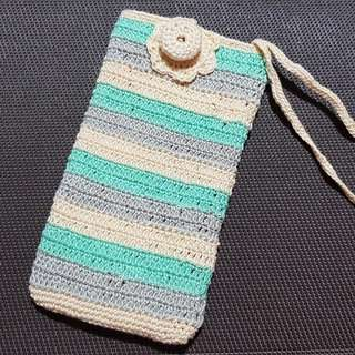 Summery crocheted phone pouches