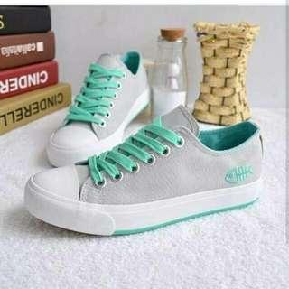 D001 - Sneaker grey