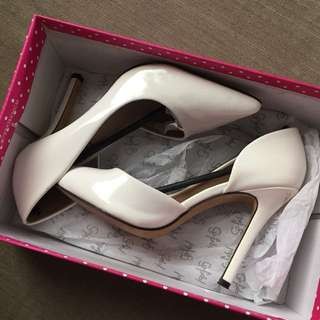 So Fab! White Shoe Heel