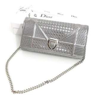 Diorama sling bag
