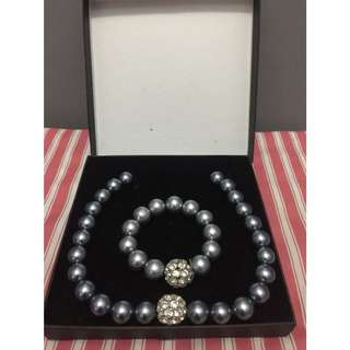 Fashion Jewelry Pearl Necklace and Bracelet Set
