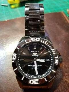 seiko黑鋼潛水錶