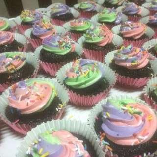 Tri Color Cupcakes..