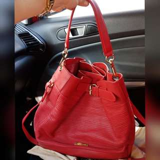 RUSH!! Authentic Burberry two way hobo bag
