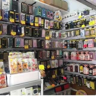 手機鋪結業 虧本頂讓大量手機配件 連包裝(不散賣)