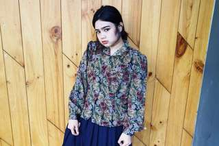 FREE ONGKIR - Flowery Vintage Blouse / Kemeja / Retro