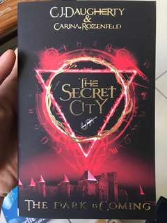 The Secret City(The Dark Is Coming)