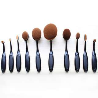 Artis style Makeup Brushes