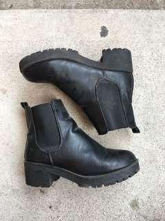 Chunky boot heels