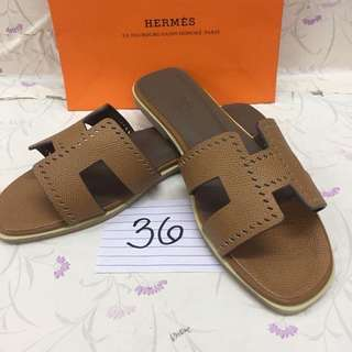 Brandnew! Authentic Hermes Slippers