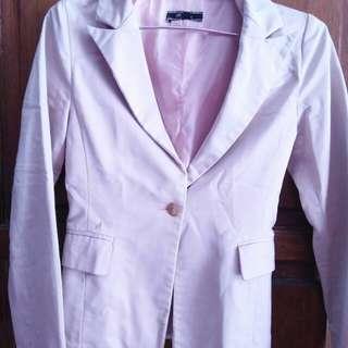 Blazer warna pink