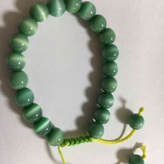 Green shiny crystal bracelet for you