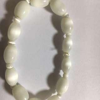 Shining white crystal bracelet for you
