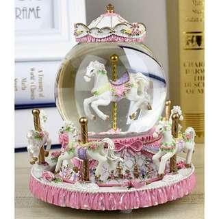 【現貨+預購】旋轉木馬水晶球音樂盒 情人節 送禮 生日禮物 兒童節禮物