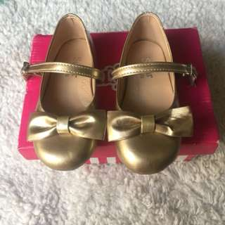 Gold sugar doll shoes