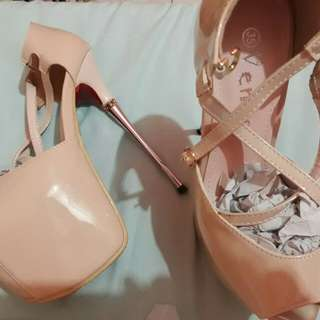 For rent or sale High Heels