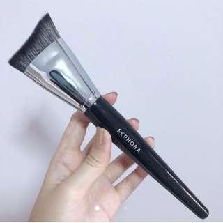 Sephora pro contour brush 77