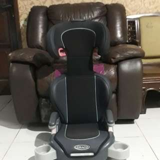 PRELOVED Booster seat graco