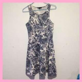Dress Motif Bunga HnM