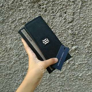 Auth BNWT Tommy Hilfiger Ladies Long Wallet