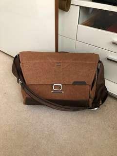 Peak Design Everyday Messenger Camera Bag in Tan