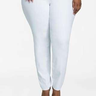 🏷 Terranova L White Mom Jeans Size 30
