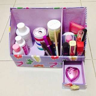 Make Up Organizer (DIY