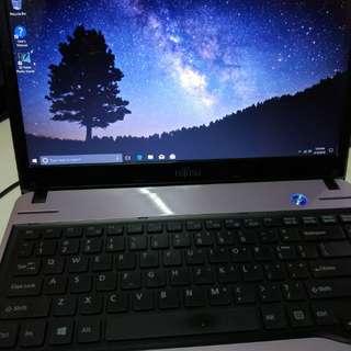 Purple Fujitsu i5 8gb ram Display