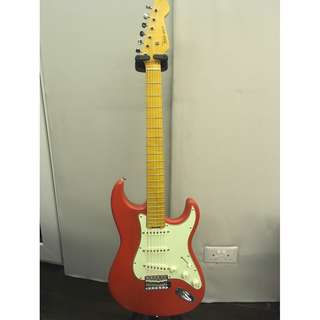 Thomas Guitars - Custom Made Strat in Sweet Red