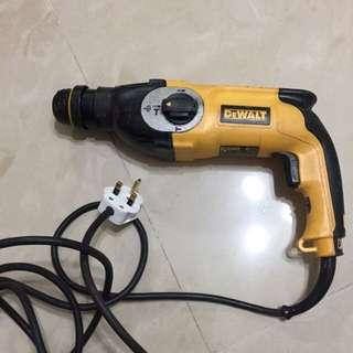 Dewalt D25123 hammer drill 26mm 800w