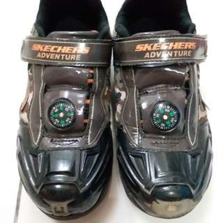 Authentic skechers