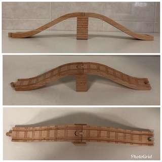 """9"""" Slopes (X2) & Track Riser - Wooden Railways"""