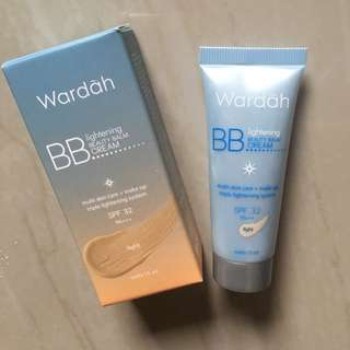 Wardah BB Lightening Cream Light 15ml