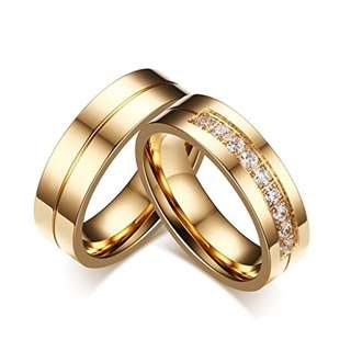 Personalized Golden Stripe Engraved Rhinestones Pave Couple Rings