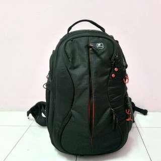[RARE ITEM] Kata Bumbleebee PL-B-220 Pro-Light Backpack - Black
