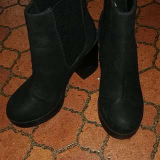 Original H&M Divided Boots (Sale)