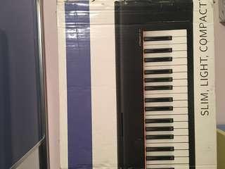 Yamaha 76keys portatone Y01-NP31 with single x keyboard stand