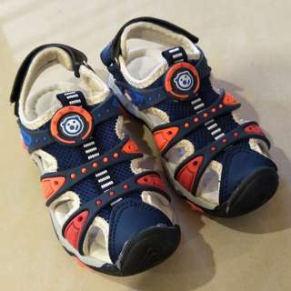 Kids casual shoes, new, shoes length 19cm