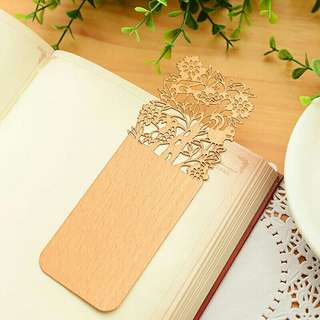 2pcs Hollow Wooden Bookmark
