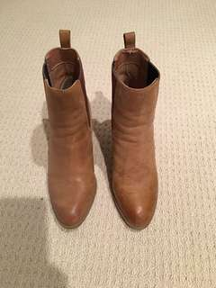 Windsor Smith guild boots