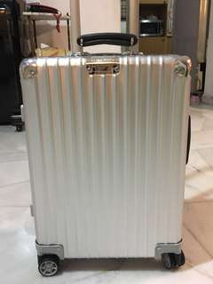 Original Brand New Rimowa Classic Flight Multiwheel Cabin Size Luggage Bag 33L