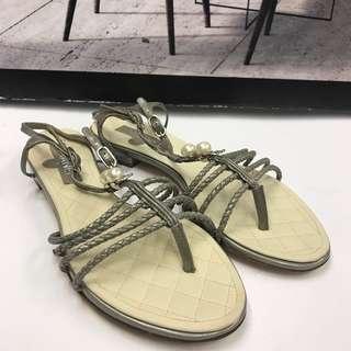 清貨全新Chanel Leather Slippers