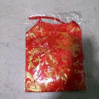 上海杭州旅購100%silk紅色大金菊肚兜