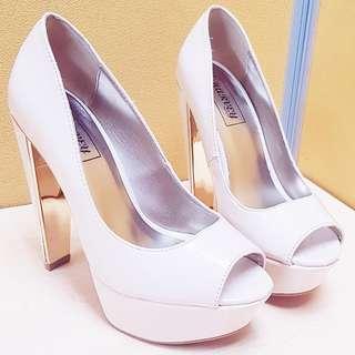 Cream Beige High Heel Pumps Size 6