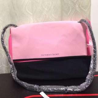 BNWT VICTORIA'S SECRET BAG