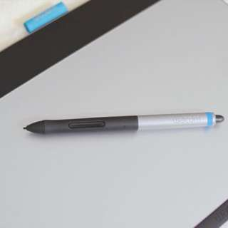 Wacom Intuos Pen& Touch (Medium)
